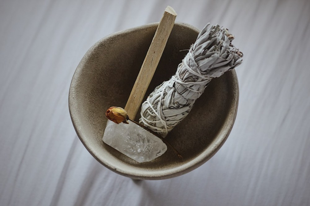 Choosing the Right Smoke Cleansing Material for Your Spiritual Needs
